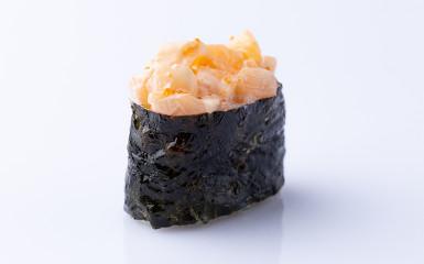 Суші- гункан лосось