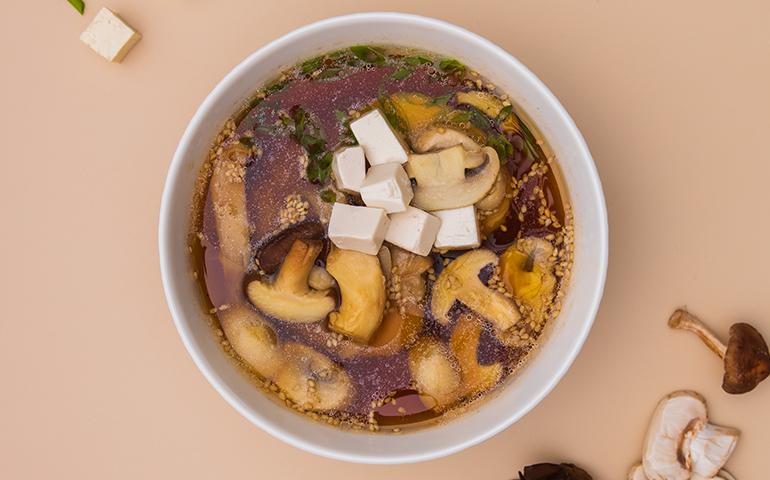 Місо суп з тофу та грибами – Bamboo