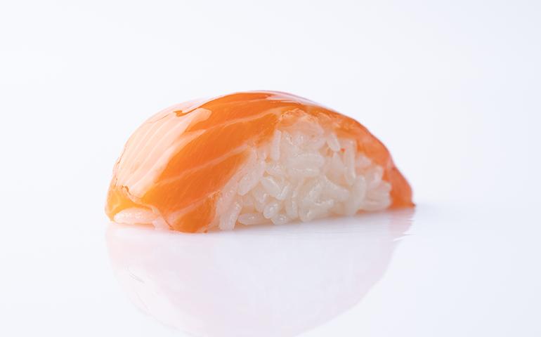 Суші-нігірі лосось