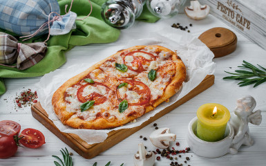 Solo піца Маргарита