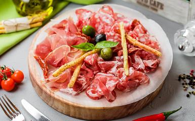 Антипасти мясное