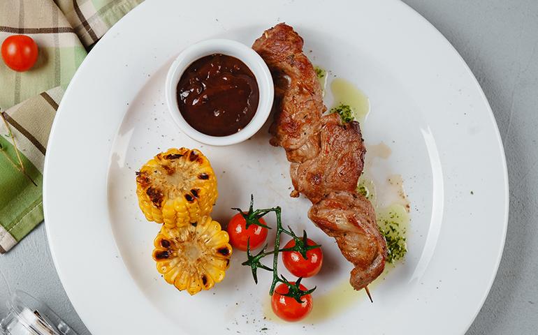Бомбета зі свинини – Pesto Cafe