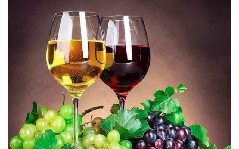 Домашнє вино (біле) – Pesto Cafe